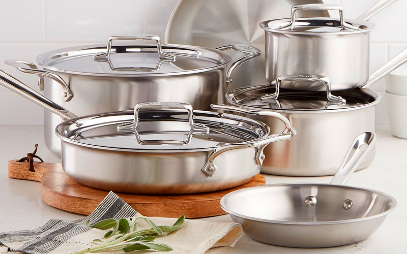 All Clad D5 Review – The Cookware of Professionals