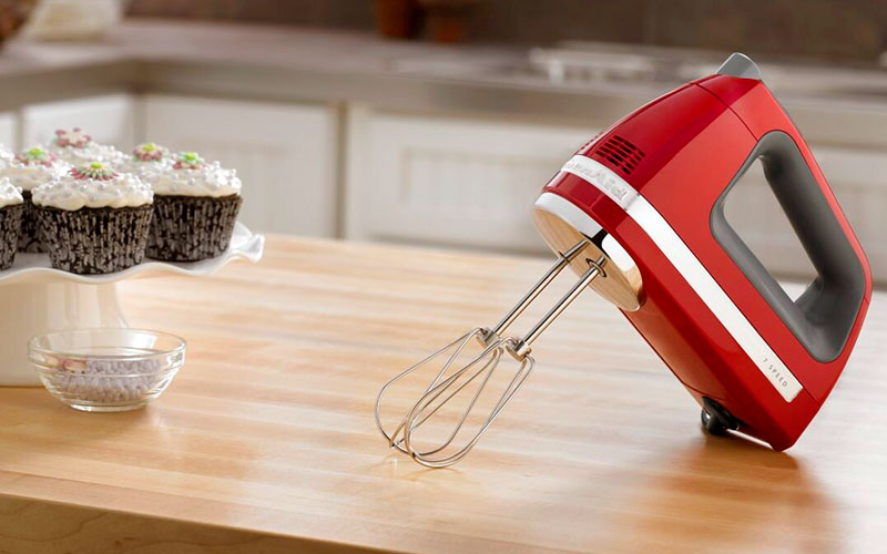 Kitchenaid Hand Mixer 7 Speed vs 9 Speed – Both Are Great But Different