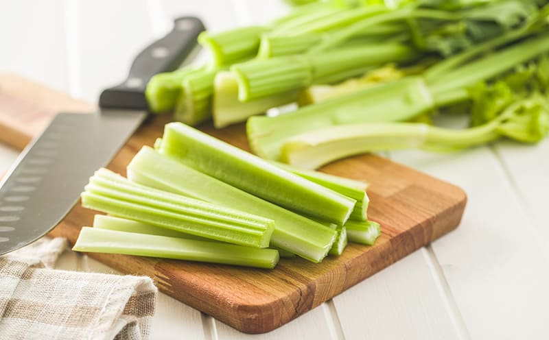 How many Celery Stalks equal a Cup? What are the benefits?